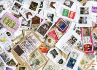 """IRELAND. Mission mix. New stock; has lots of the Easter Rising definitives + some SOAR stamps, """"100 Objects"""". GB High Value Definitives also seen. Some heavier paper. Received  NOV 2020"""