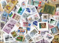SLOVAKIA: Unpicked, with commemoratives & Large on mostly close clipped single paper. Many EURO values and better values seen. ≈105 STAMPS/OZ Received APT 2020