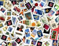 UNITED STATES: Unsorted Office mix with commemoratives, definitives, Xmas, Love, Etc. Unsorted for PNC's.  RECEIVED AUG 2019